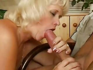 Зрелые монашки порно