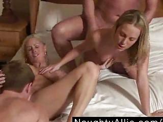 Порно группа свингеры
