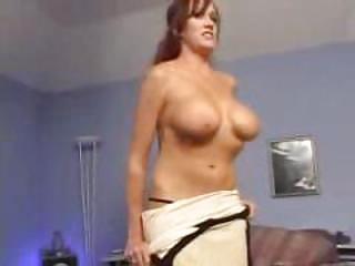 Порно красивых зрелых мамочек