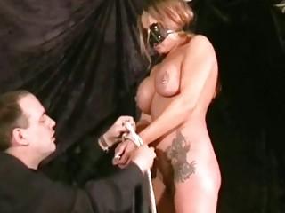 Смотреть наказание рабыни