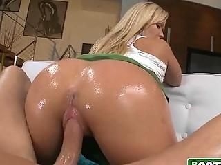 Толстая блондинка