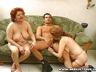 Смотреть зрелое немецкое порно