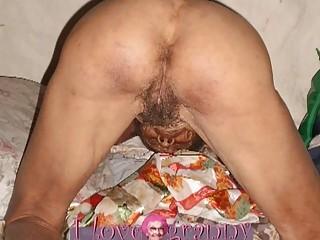 Порно старушек мам