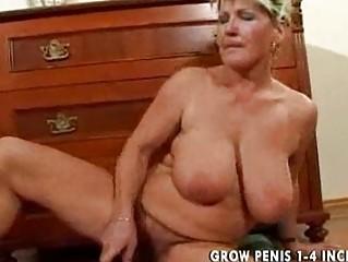 Волосатые вагины зрелых дам