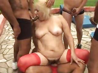 Порно на улице секс скачать бесплатно